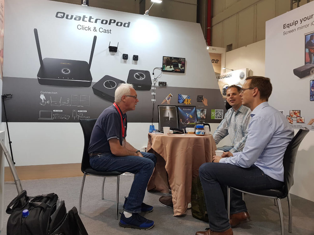 QuattroPod generated a lot of interests from  IT professionals of businesses and education .